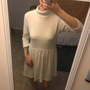 Whit turtleneck dress
